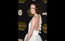 7 Facts About Daisy Ridley