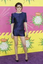 Actress Kristen Stewart arrives at the 2013 Kids Choice Awards in Los Angeles, California March 23, 2013.
