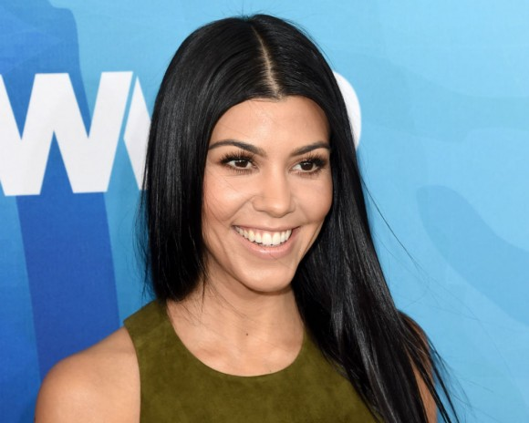 Who is kourtney kardashian dating now