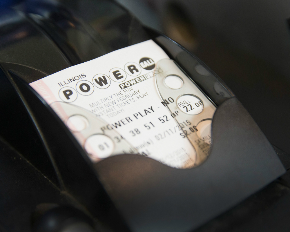 No Powerball winner, jackpot swells to $1.3 billion