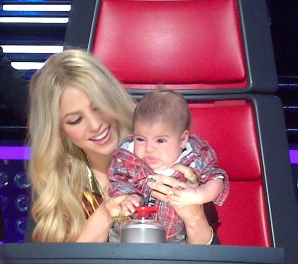 Shakira Baby Milan Shakira Baby Bump On The Voice