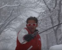 Casey Neistat Snowboarding through the streets of New York during Winter Storm Jonas