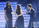 Finalist Candice Glover (L) is named winner of &#034;American Idol&#034; Season 12 by Host Ryan Seacrest as finalist Kree Hamilton reacts during the finale in Los Angeles, Calfiornia May 16, 2013.