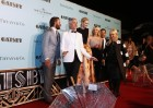 "Director Baz Luhrmann (2nd L) poses for pictures with cast members on the red carpet of the Australian premiere of ""The Great Gatsby"" in Sydney May 22, 2013. Luhrmann brought ""The Great Gatsby"" home o"