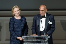 Hillary Clinton Wows Fashion Crowd At CFDA Awards