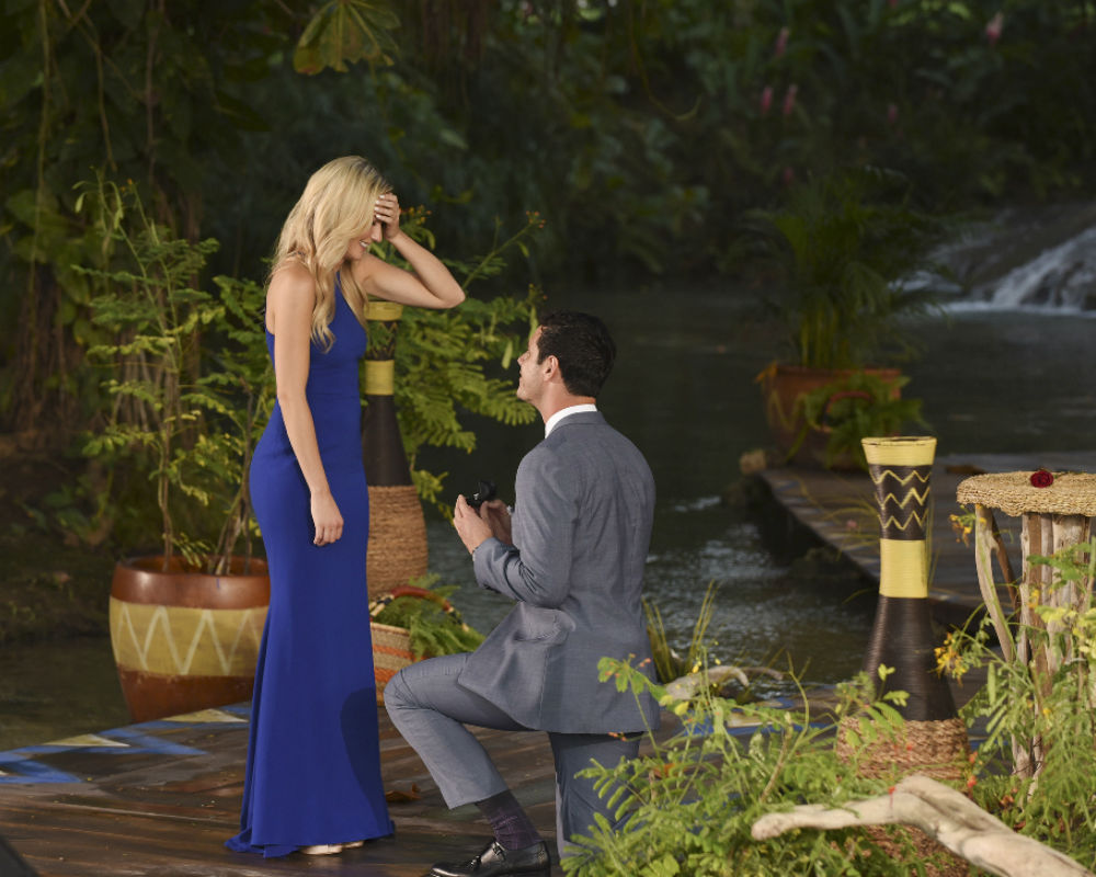 Ben Higgins Finds True Love on Last Night's THE BACHELOR Finale!