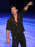 Jimmy Kimmel Spoofs Robin Thicke 'Blurred Lines' Video [VIDEO]