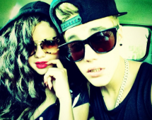 Selena Gomez's People Try To Protect Her From Justin Bieber?
