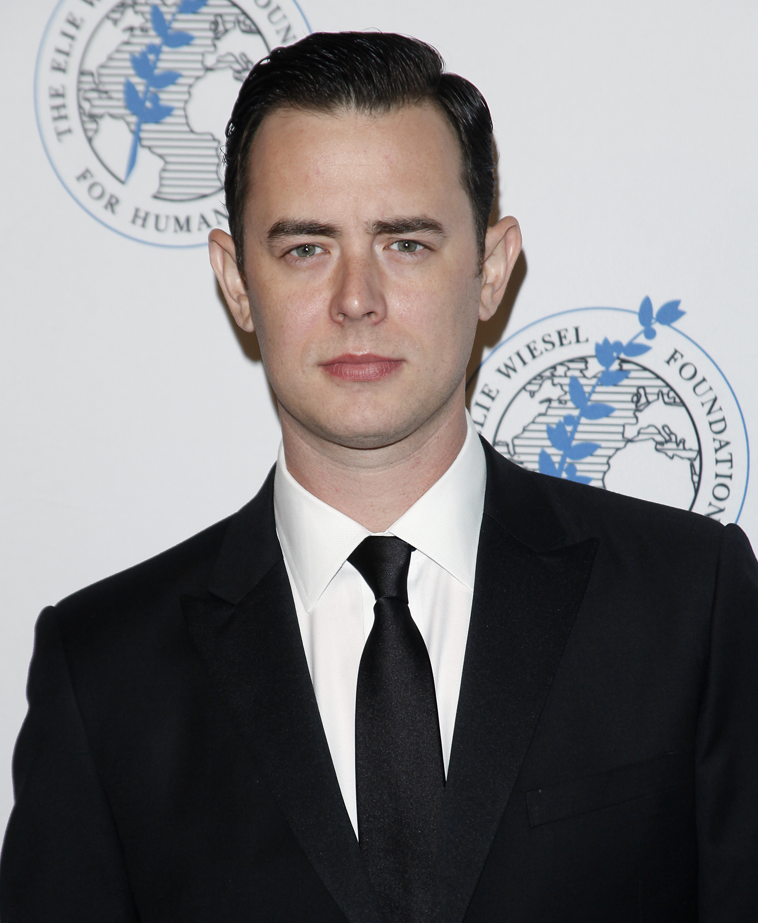 Colin Hanks earned a  million dollar salary, leaving the net worth at 15 million in 2017