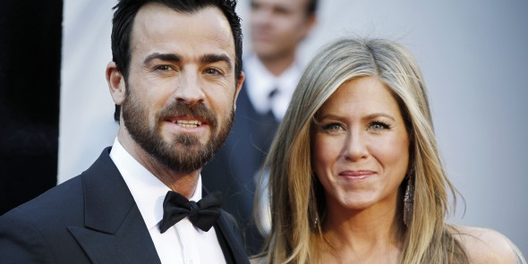 Jennifer Aniston & Justin Theroux Squash Breakup Rumors At Pre-Oscar Party