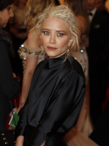 Mary-Kate Olsen arrives at the Metropolitan Museum of Art Costume Institute
