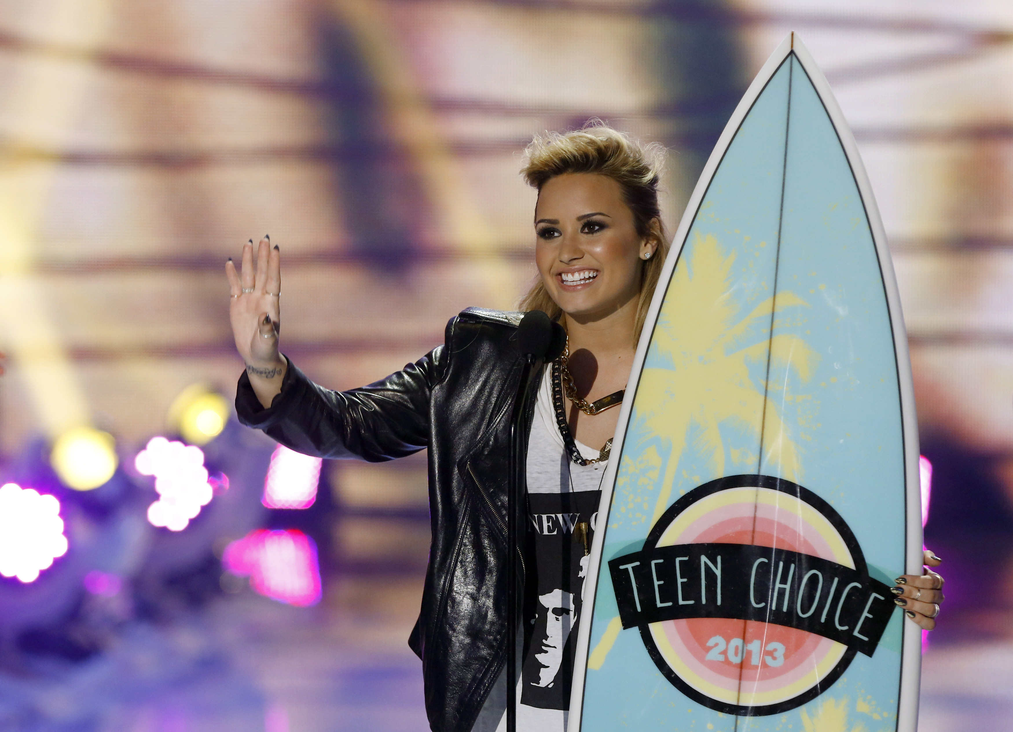 Demi Lovato Girlfriend Wallpapers HD Wallpapers Chainimage