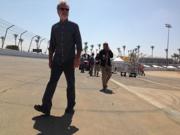 Season 5 Spoilers: New PHOTOS Deeks Returns to Work in 'Omni,' Kensi