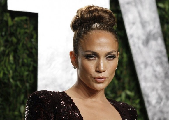 Photo Credit: Danny Moloshok/Reuters - Actress and recording artist Jennifer Lopez arrives at the 2012 Vanity Fair Oscar party in West Hollywood, California February 26, 2012.
