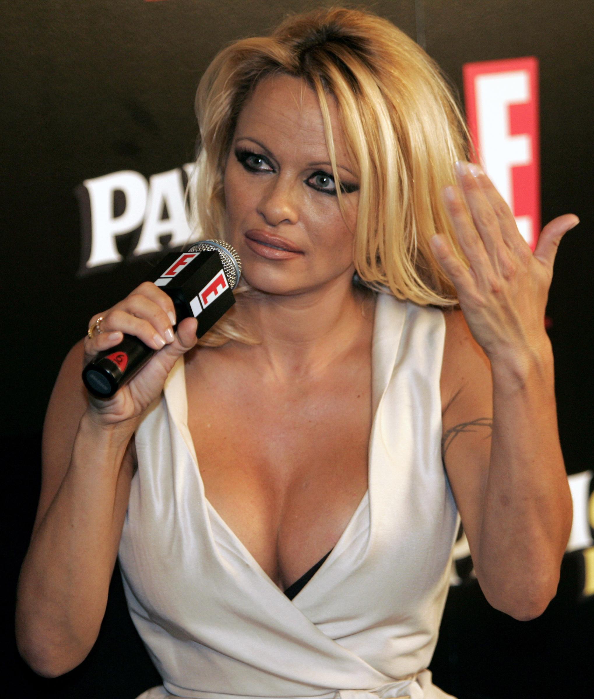 Αποτέλεσμα εικόνας για Pamela Anderson
