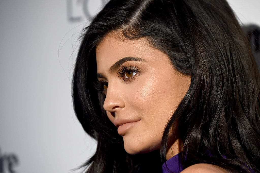 Kylie Jenner Pregnant With Travis Scott's Baby, Claim Reports