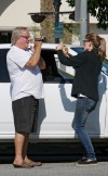 jennifer garner confronts paparazzo photographing her children