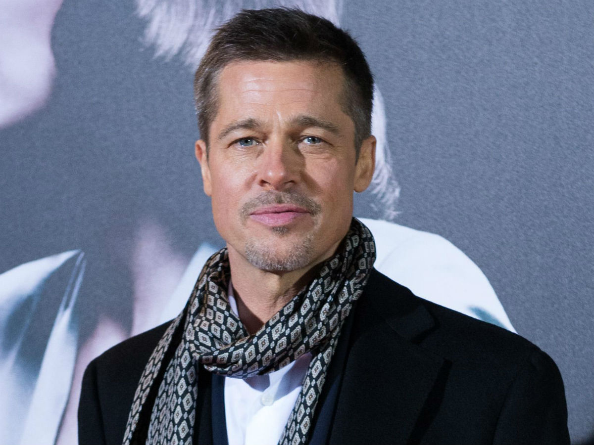 Brad Pitt Is 'Glowing'...