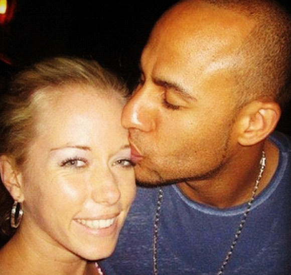 Kendra Wilkinson Pregnant: Cheated on Husband Hank Baskett With Ex ...