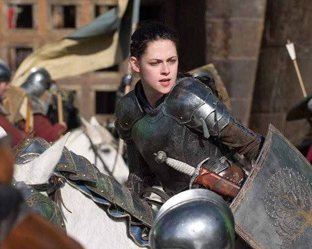 2647 kristen stewart in snow white and the huntsman 2012 - Snow White and the Huntsman (2012)