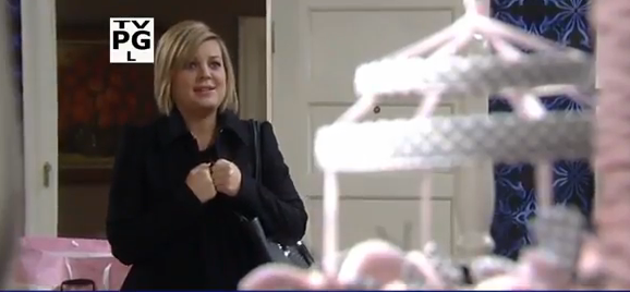 Maxie (Kirsten Storm) waiting for her daughter on 'General Hospital'