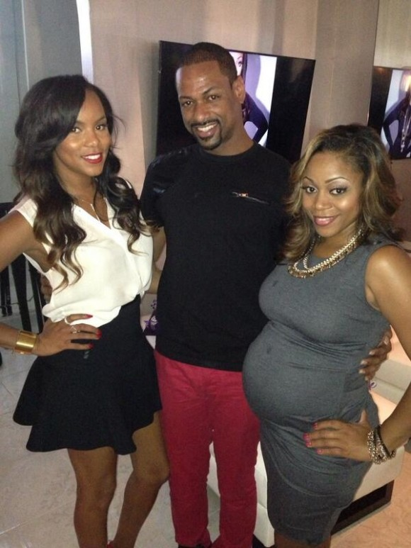 Letoya Luckett and Latavia Roberson