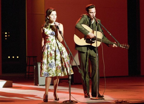 reese-witherspoon-and-joaquin-phoenix-as-june-carter-and-johnny-cash-in-walk-the-line