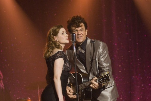 jenna-fischer-and-john-c-reilly-in-walk-hard-the-dewey-cox-story
