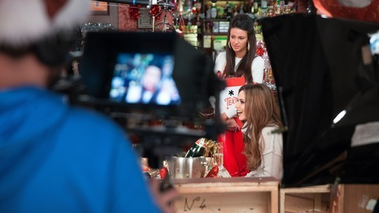 cheryl-cole-films-the-coronation-street-sketch-for-text-santa-appeal-with-michelle-keegan