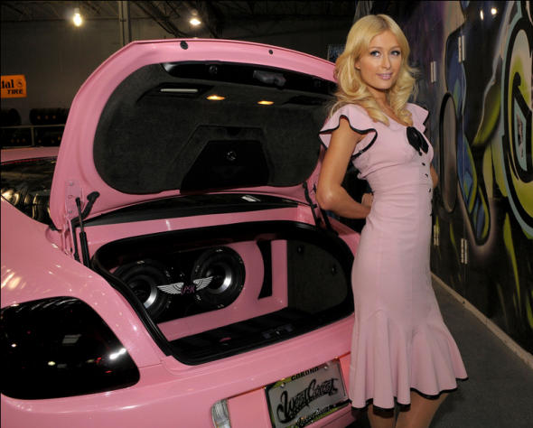 paris-hiltons-pink-bentley