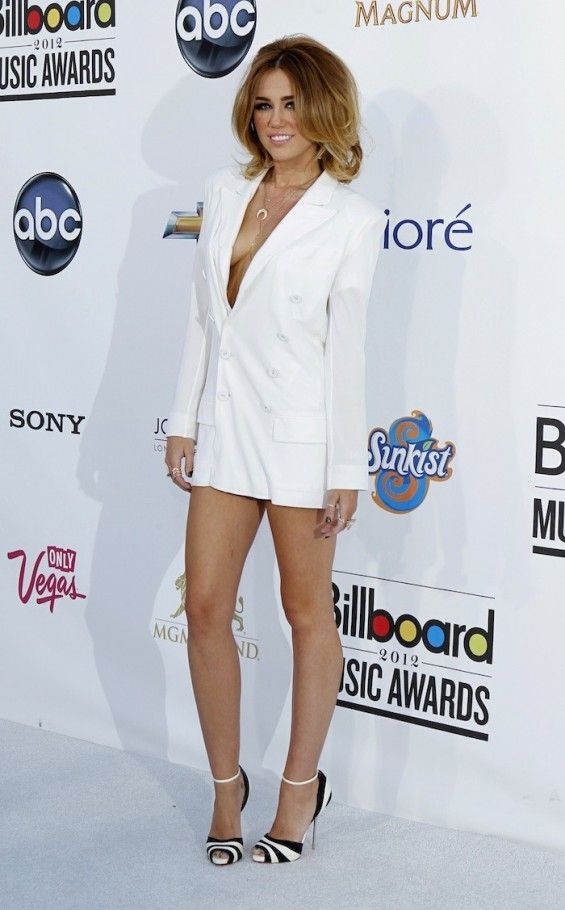 Miley Cyrus at the 2012 Billboard Music Awards