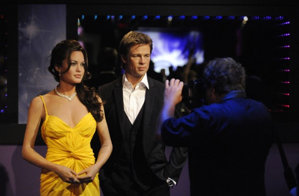 angelina-jolie-and-brad-pitt-wax-figures