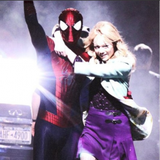 Andrew Garfield and Emma Stone in 'The Amazing Spider-Man 2.' This outfit has sparked speculation that Gwen would die in the film.