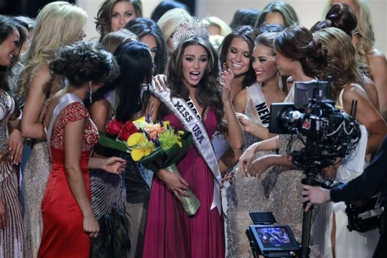 Miss Rhode Island Olivia Culpo (C) is congratulated by fellow contestants after being crowned Miss America 2012 during the Miss USA pageant at the Planet Hollywood Resort & Casino in Las Vegas, Nevada June 3, 2012.