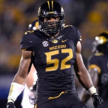 Michael Sam Posts Nude PHOTO On Hookup App?