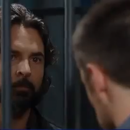 Julian asks Carlos to find out who really shot A.J. on 'General Hospital'
