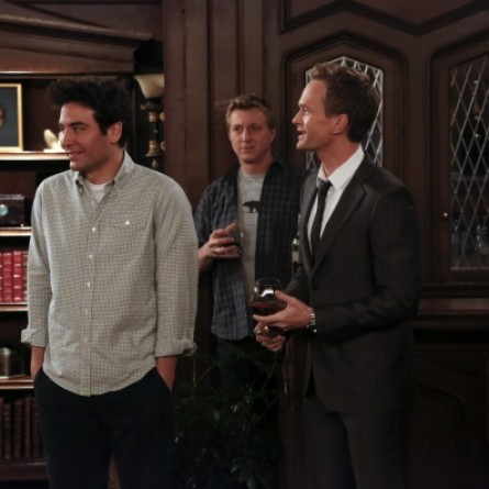 Ted and Barney in 'HIMYM' Episode 9.19 'Daisy'