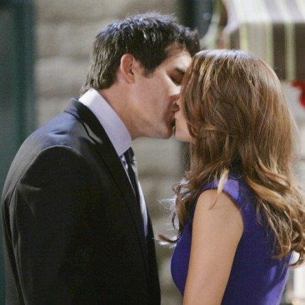 Rafe pulls out all the stops as he tries to convince Jordan to stay in town on 'Days of Our Lives'