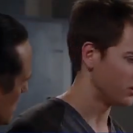 Michael tries to figure out who shot A.J. on 'General Hospital'