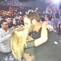 Paulina Gretzky Shares Romantic Moment With Fiance In New Instagram PHOTOS
