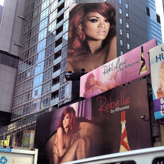 Rihanna posed naked for a Billboard of her new fragrance.