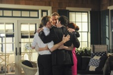 The gang hugs it out during the 'HIMYM' series finale