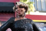 "Cast member Mary J. Blige poses at the premiere of ""Rock of Ages"" at the Grauman's Chinese theatre in Hollywood, California June 8, 2012. The movie opens in the U.S. on June 15."