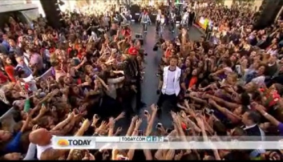 Justin Bieber performs on the Today Show 2012 Summer Concert Series June 15, 2012