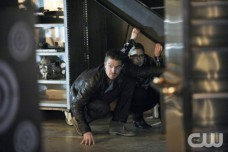 'Arrow' Season 2 Episode 19: 'The Man Under the Hood'