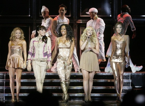 The Spice Girls, (from L to R) Geri Halliwell, Melanie Chisholm, Melanie Brown, Emma Bunton and Victoria Beckham, perform as they kick off their reunion tour in Vancouver, British Columbia December 2, 2007.