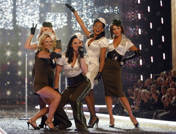 The Spice Girls perform at the Victoria's Secret Fashion Show 2007 in Hollywood, California November 15, 2007.