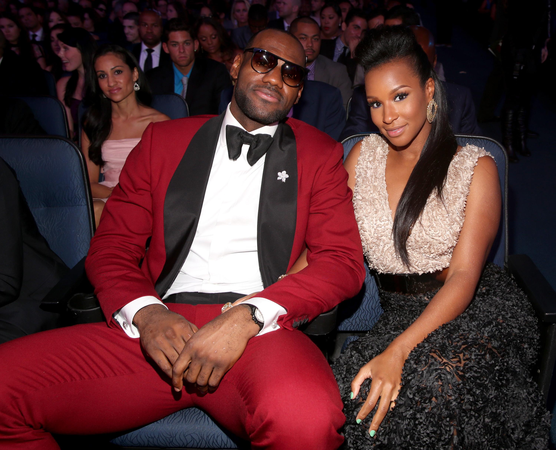 LeBron James Wife And Kids: Savannah Celebrates New Baby's ...