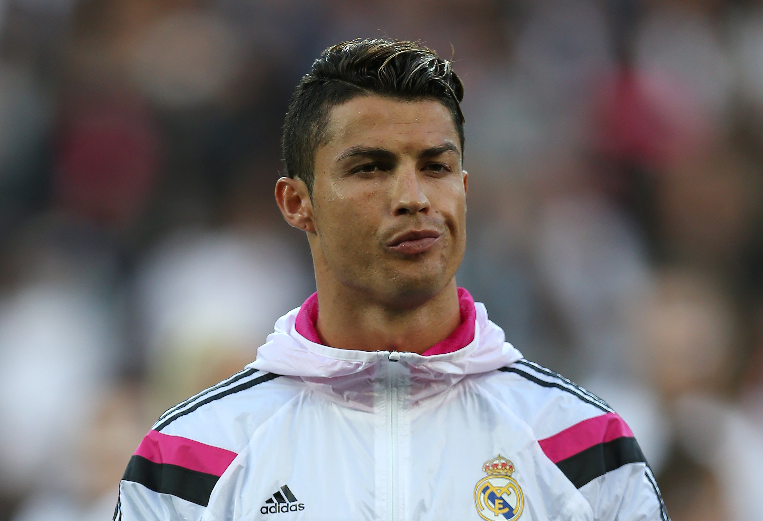 Cristiano Ronaldo News: Move To Manchester United Not Expected Until ...
