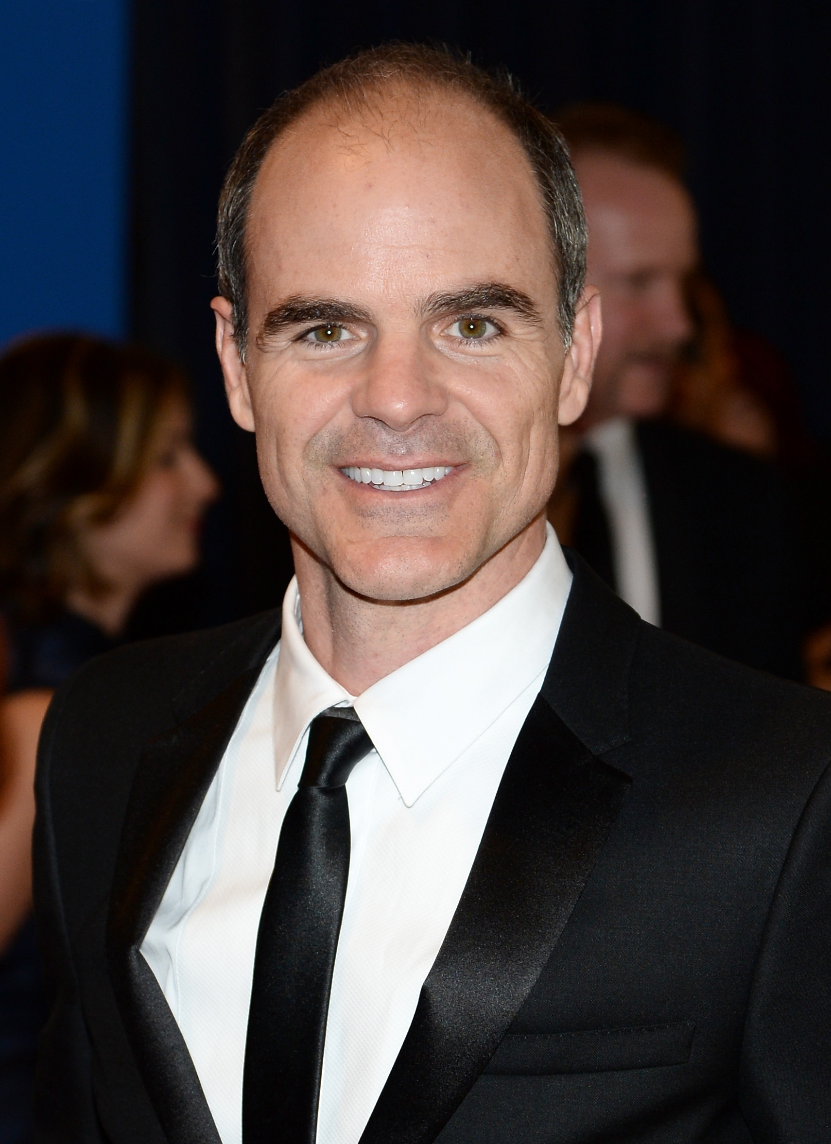 Michael Kelly earned a  million dollar salary, leaving the net worth at 3 million in 2017